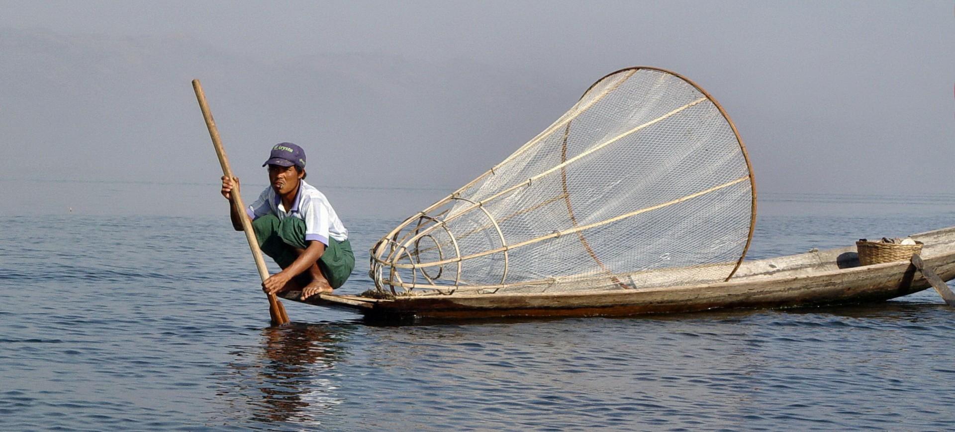 Birmanie Lac Inlé Pêcheur