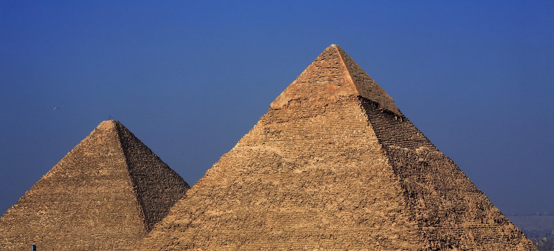 Pyramides à Guizeh au Caire
