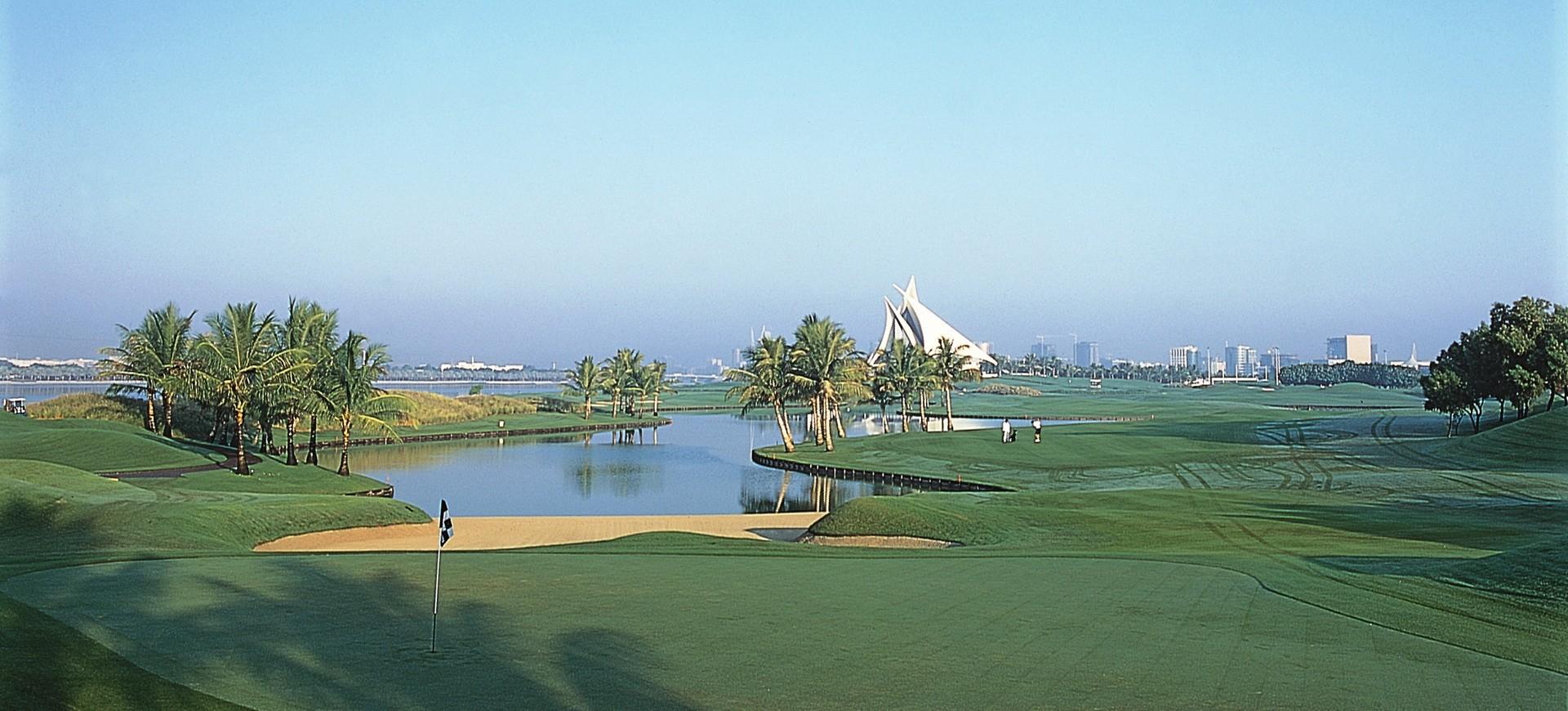 Golfe à Dubai aux Emirats Arabes Unis