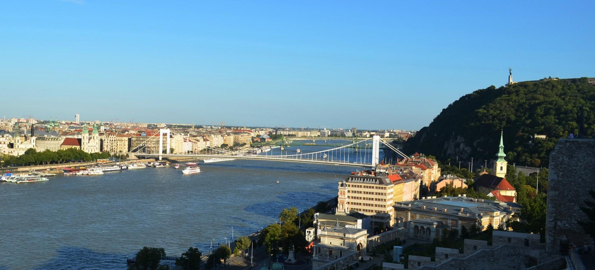 Hongrie Budapest Mont Saint Gérard Mont Gellért vue sur le Danube
