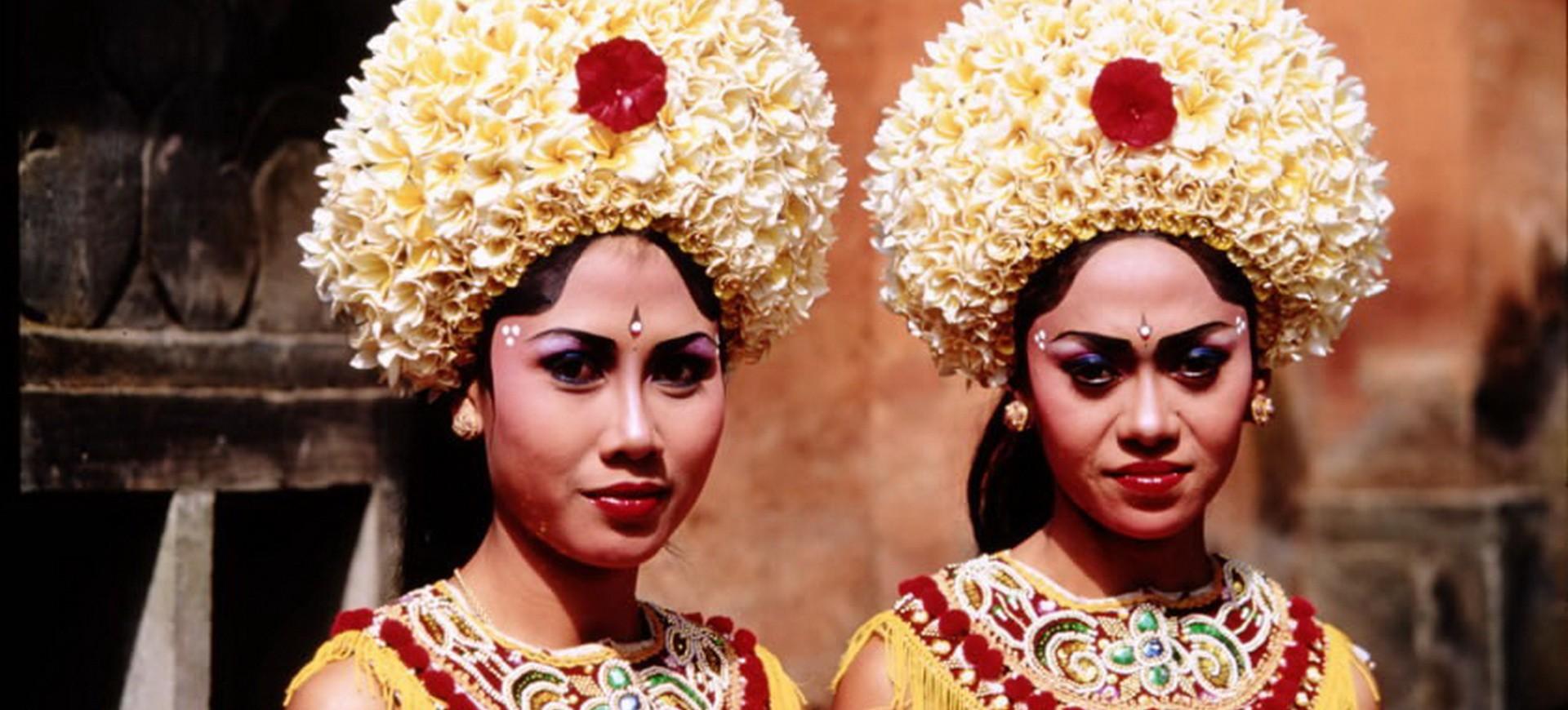 Danseuses Barong à Bali