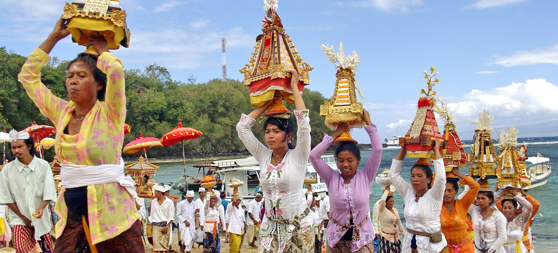 Indonésie Bali Offerandes aux Dieux