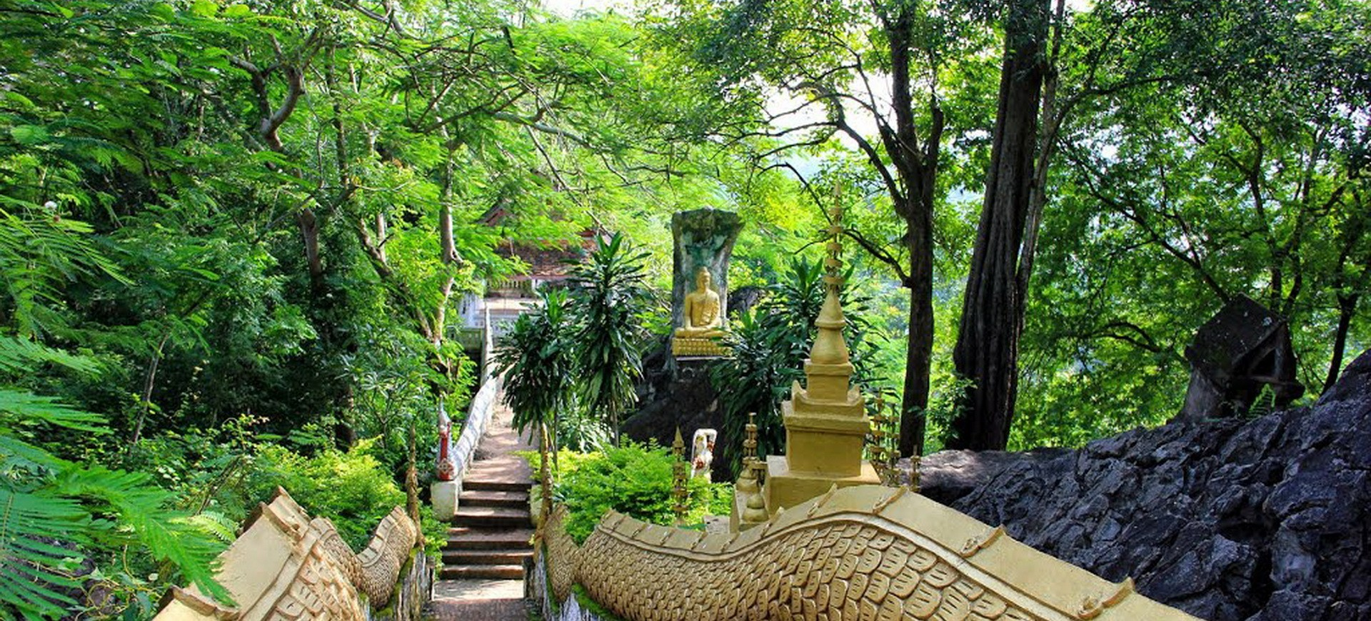 Colline à Phousi Luang Prabang au Laos
