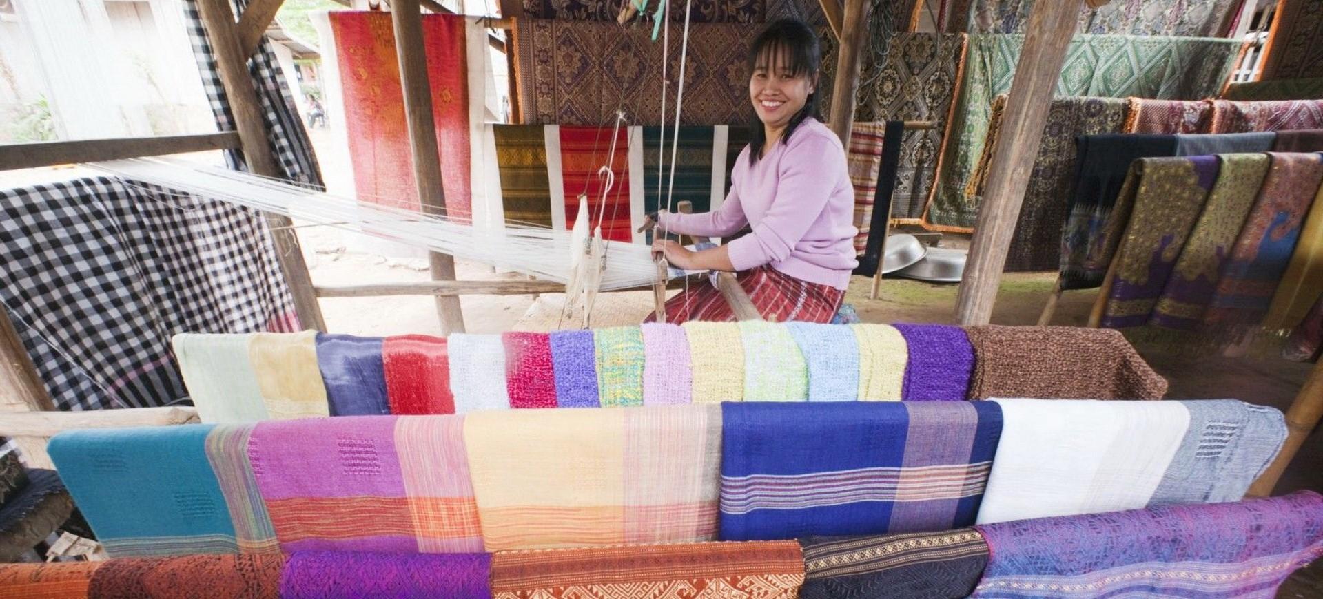 Laos Luang Prabang Ban Xanghai Tisserand