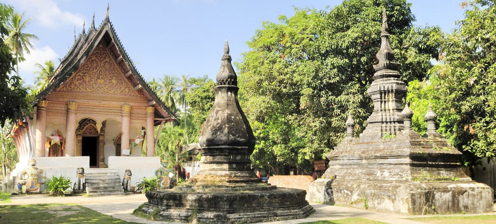 Laos Luangprabang Wat Aham 001