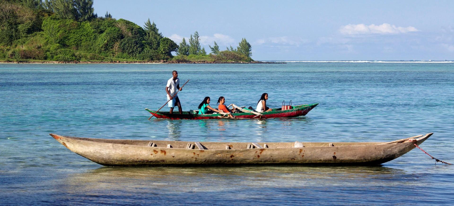Pirogue traditionnelle dans région de l'Est à Madagscar