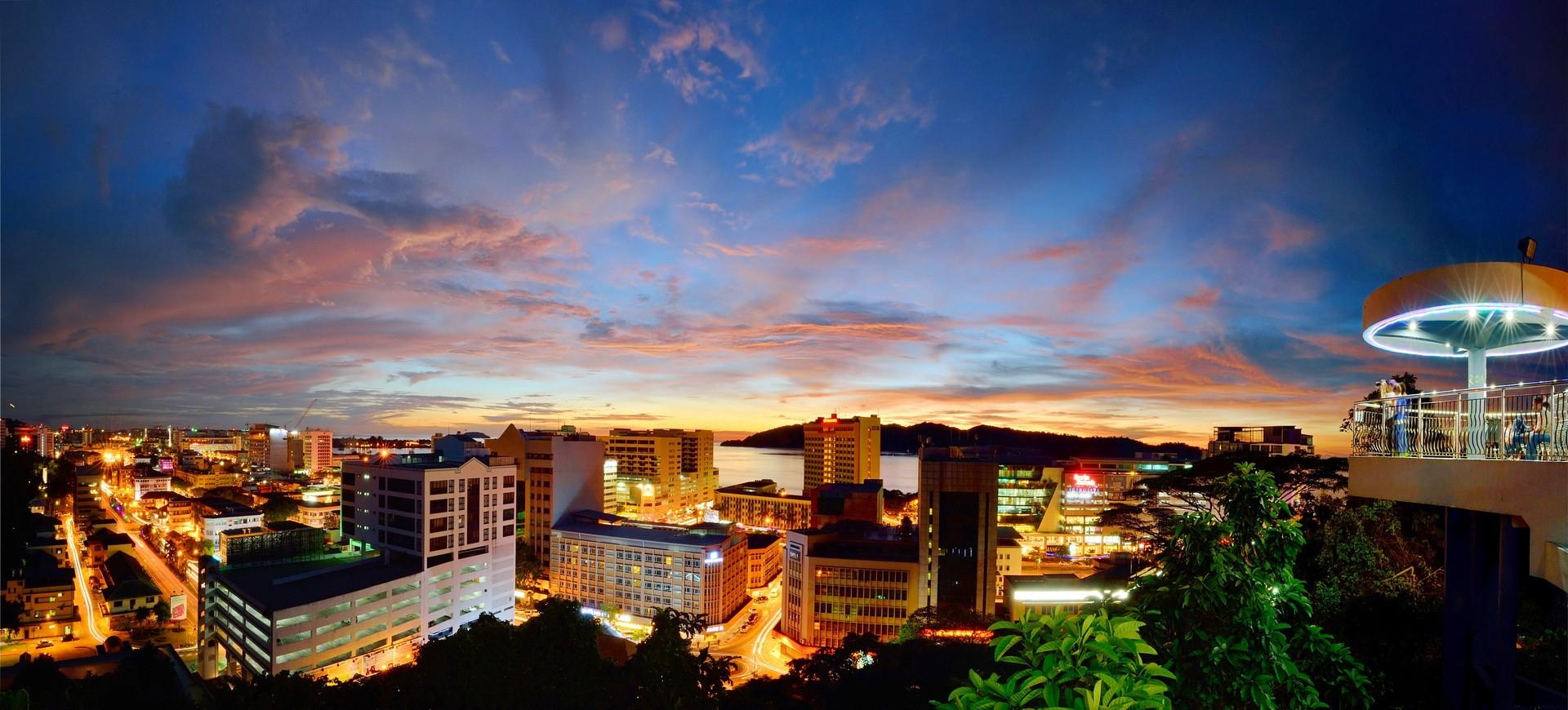 Malaisie Sabah Kota Kinabalu Panorama by night