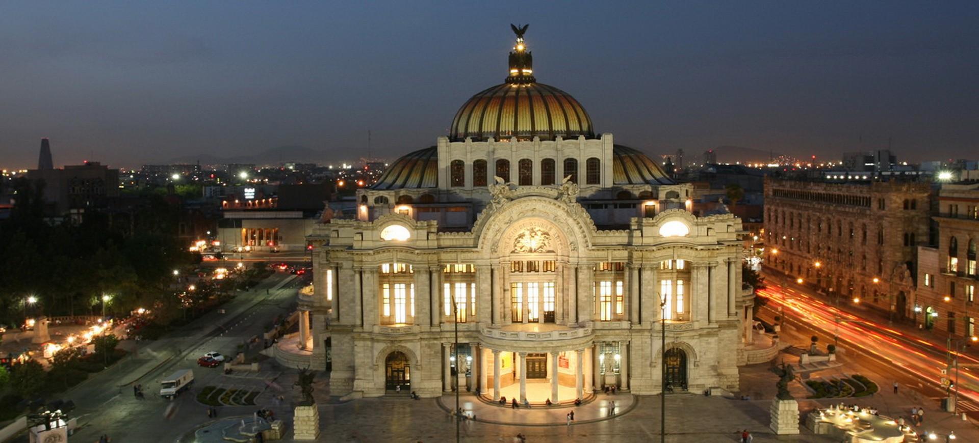 Palais des Beaux Arts à Mexico au Mexique en Amérique Centrale