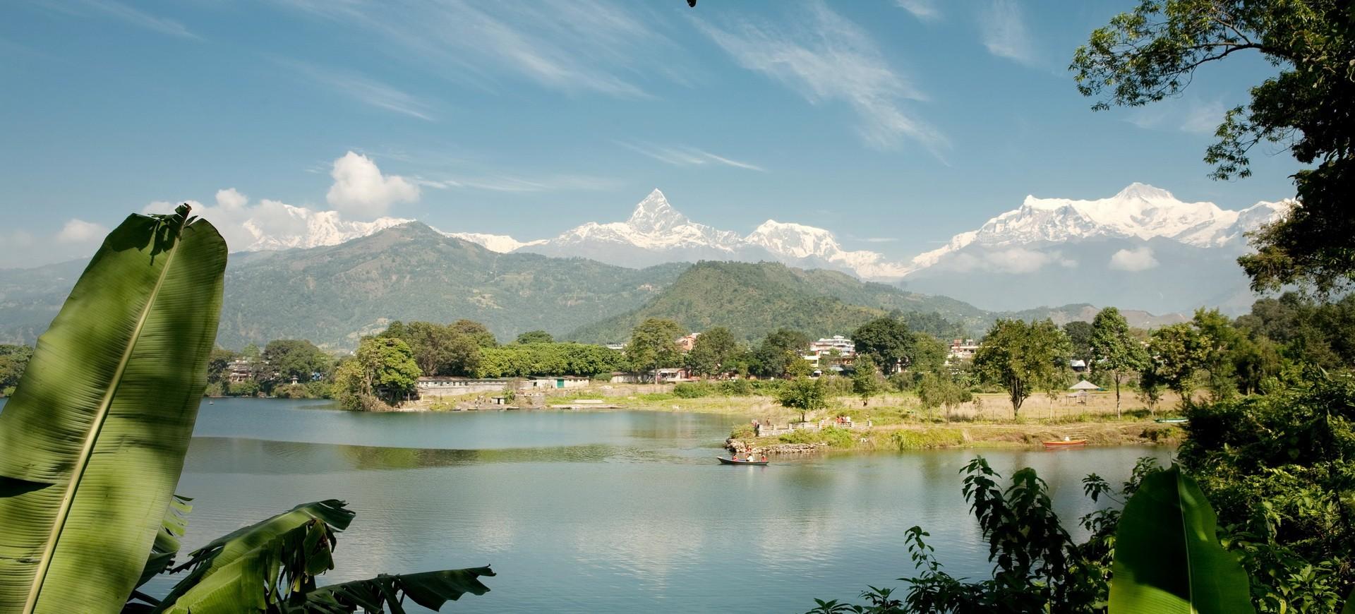 Népal Pokhara Lac Phewa 002