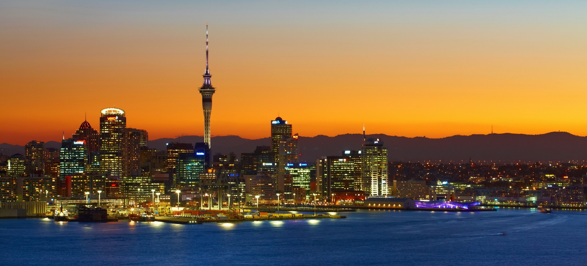 Auckland by night