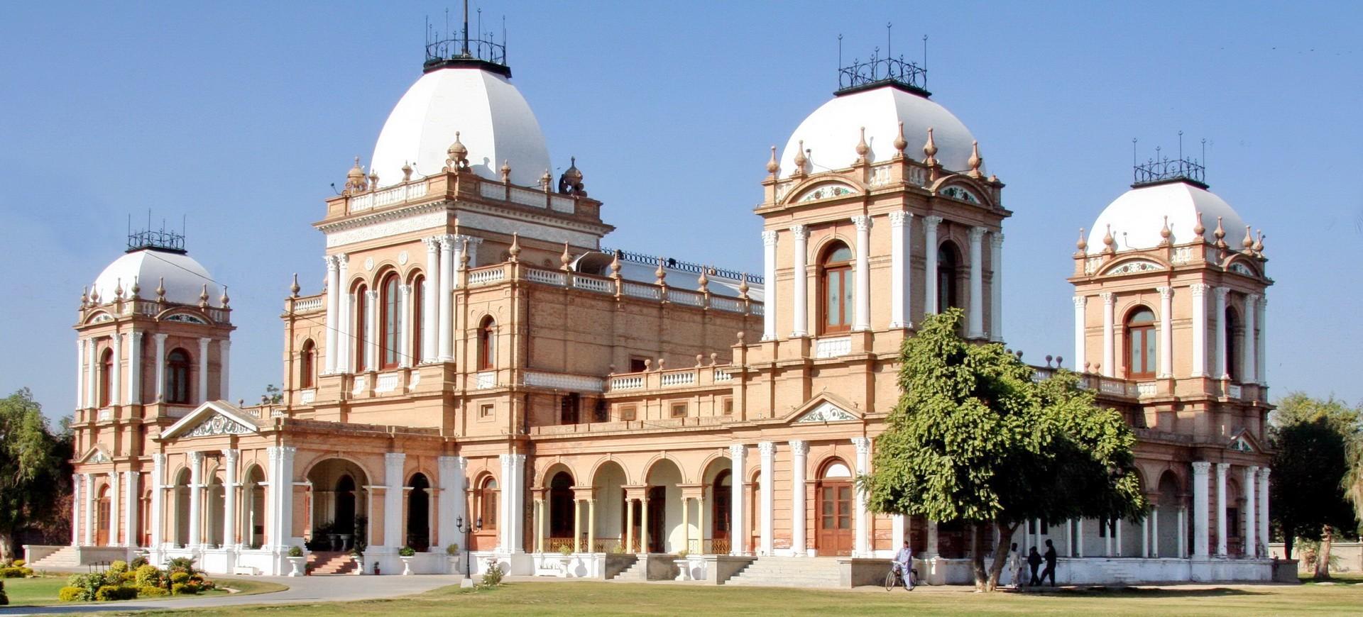 Palais Noor Mahal à Bahawalpur dans la province de Punjab