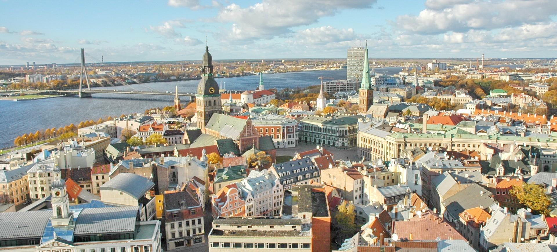 Riga vue panoramique en Lettonie ayx Pays Baltes