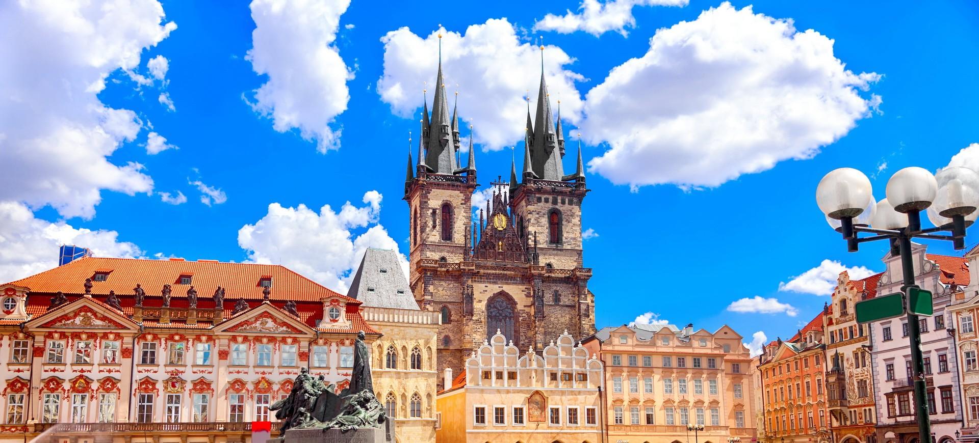 Place Vieille ville à Prague en République Tchèque