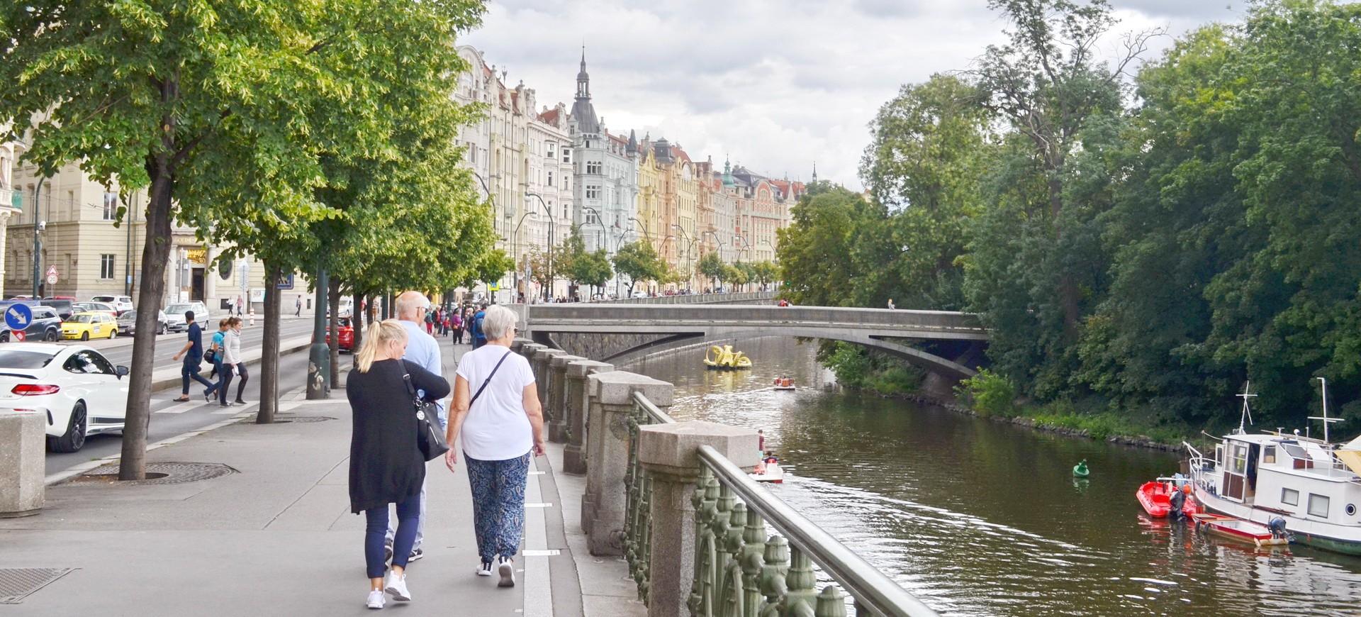 République Tchèque Prague Canal Balade le long du canal by ZB
