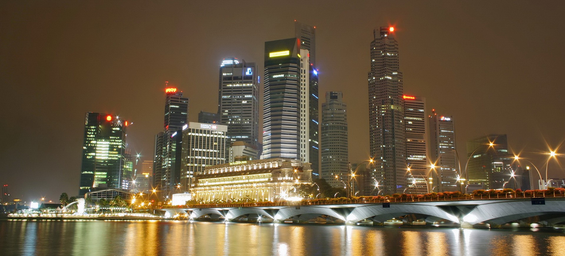 Singapour Skyline by night