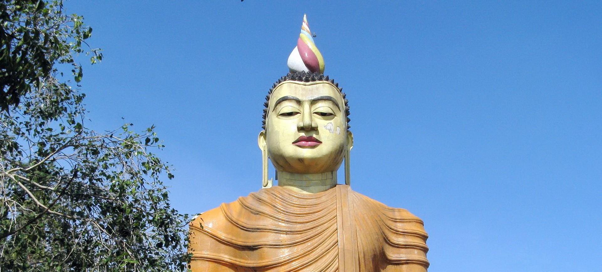 Sri Lanka Wewurukannala Statue de Bouddha Géant
