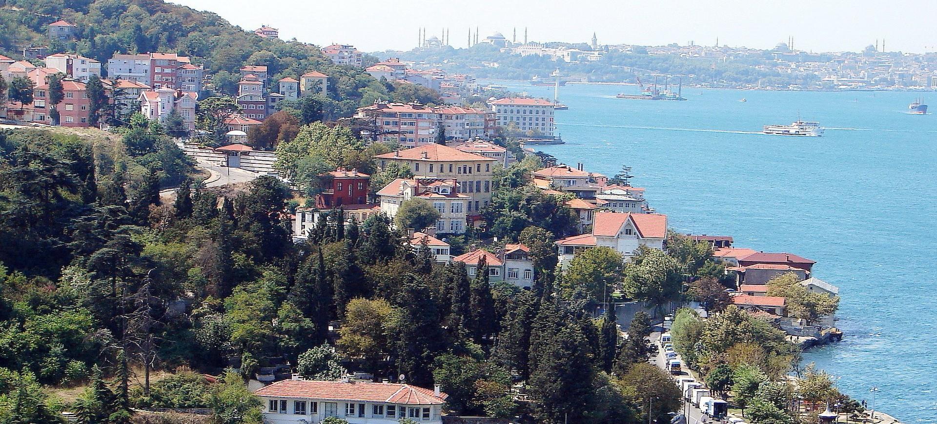 Istanbul au bord de la rivière Bosphore