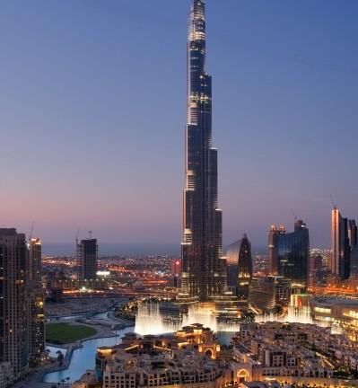 Emirats Arabes Unis Dubai Jumeira Burj by night